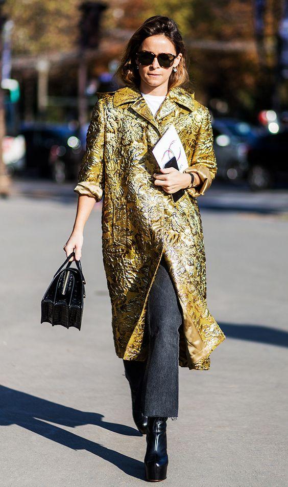 6 kiểu họa tiết xinh mùa mát dành cho quý cô sành mặc - 1