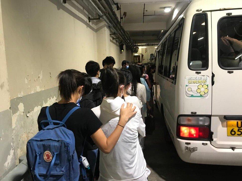 Băng nhóm Hong Kong buôn lậu phụ nữ từ đại lục làm gái mại dâm - 1