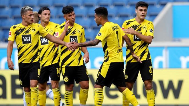 """Dortmund thắng hủy diệt: Sancho """"nhảy múa"""" qua 4 cầu thủ, tiệc 6 bàn mãn nhãn - 1"""