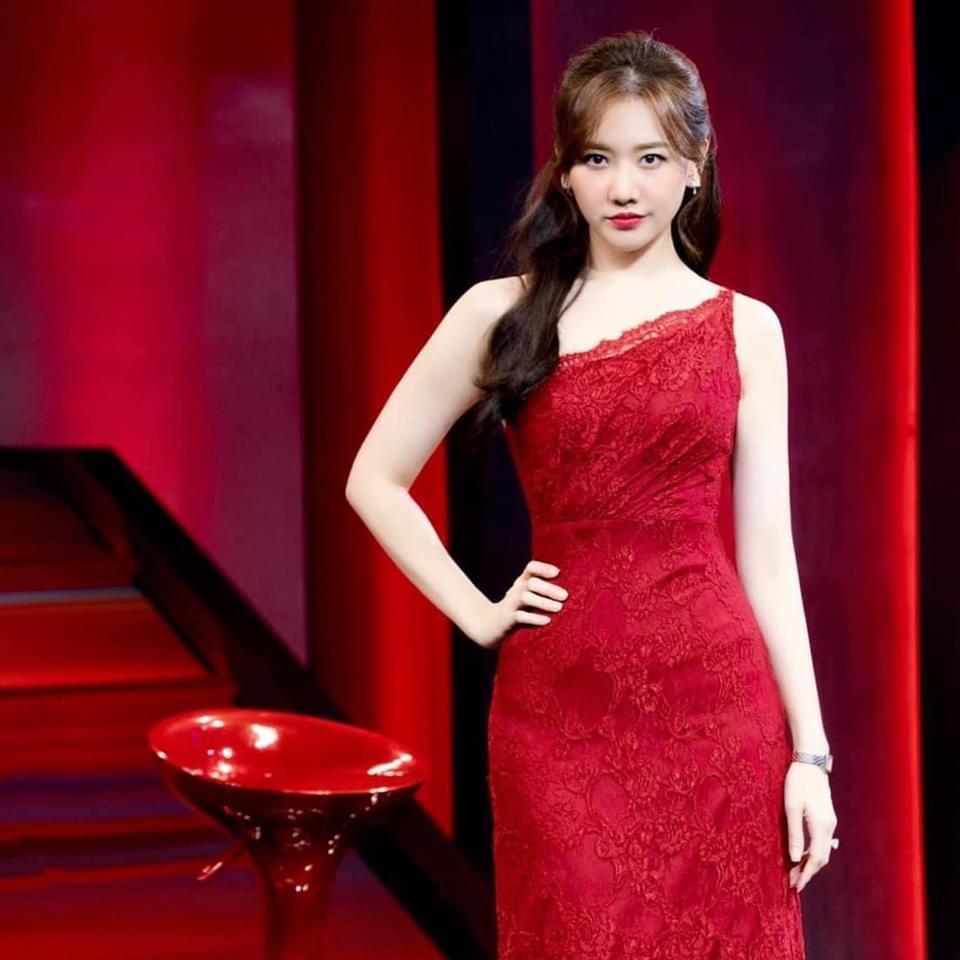 """Sao Việt """"vạ miệng"""": Hari Won, Hòa Minzy cũng không tránh khỏi """"kết đắng"""" - 1"""