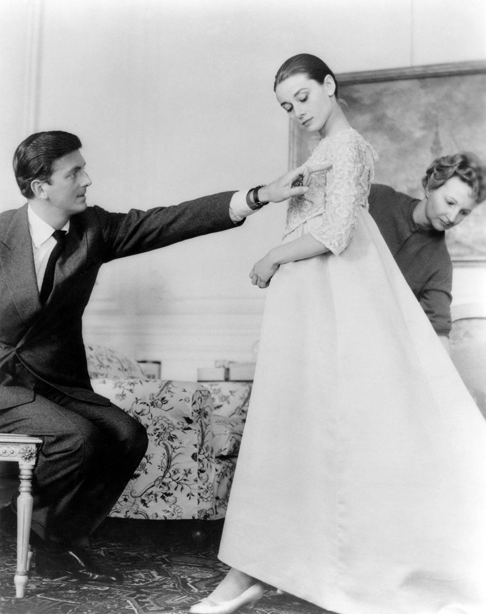 Givenchy và cuộc tình thời trang với đại minh tinh Audrey Hepburn - 1