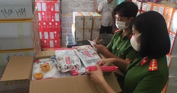 Hà Nội: Tạm giữ hơn 10 tấn bánh trung thu, trà sữa không rõ nguồn gốc - 1