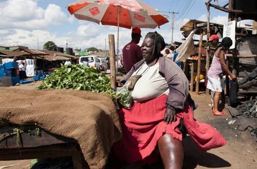 """Người phụ nữ nặng 300kg và trải qua 6 lần sinh nở, nhưng lại là """"đệ nhất mỹ nhân"""" khiến bao đàn ông theo đuổi - 1"""