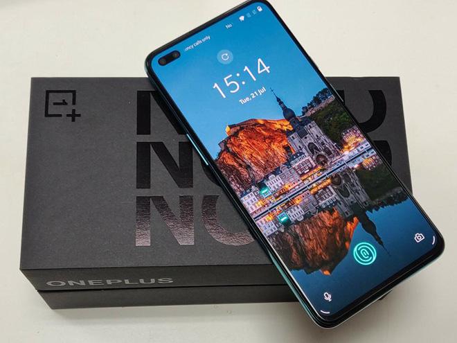 """OnePlus Nord 5G có xứng để các ông lớn tại Việt Nam """"toát mồ hôi hạt"""" - 1"""