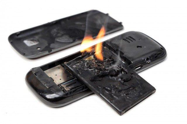 Xử lý cực nhanh khi phát hiện điện thoại bị phồng pin - 5
