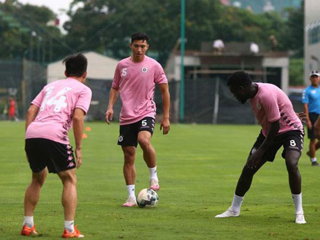 Văn Hậu phải làm xong điều kiện này mới được đá cho đội bầu Hiển ở V-League - 1