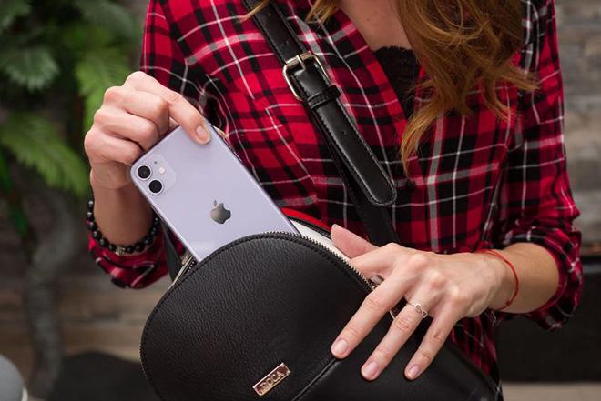 """Đây chính là chiếc iPhone đang """"bất khả chiến bại"""" của Apple - 1"""