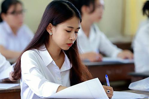 Đại học Kinh tế Quốc dân, ĐH Luật Hà Nội công bố điểm sàn năm 2020 - 1