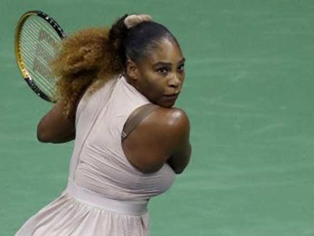 US Open ngày 4: Serena Williams lọt vào vòng 3, tái ngộ Sloane Stephens