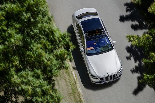 Mercedes-Benz S-Class thế hệ mới chính thức ra mắt - 3