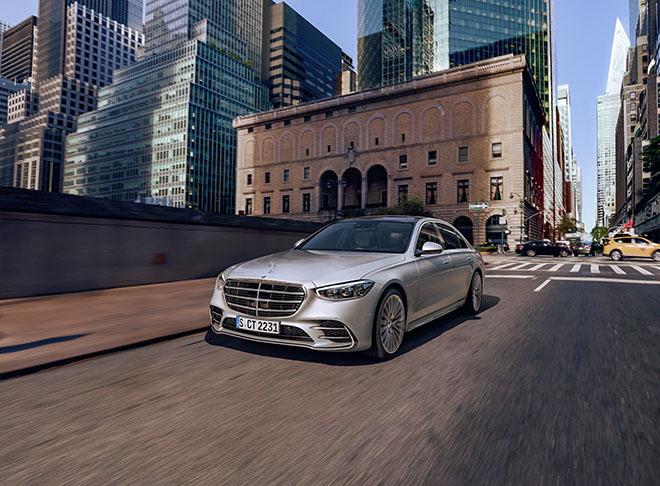 Mercedes-Benz S-Class thế hệ mới chính thức ra mắt - 2