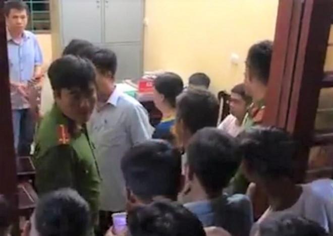 Nghi vấn Phó trưởng Công an xã nổ súng khiến nam sinh lớp 12 trúng đạn - 1