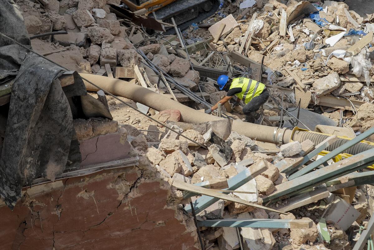 Dấu hiệu sự sống dưới đống đổ nát 30 ngày sau vụ nổ ở Liban: Kết quả ra sao? - 1