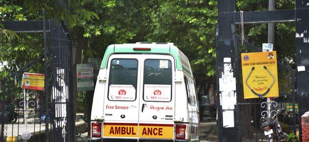 Vụ cô gái Ấn Độ nhiễm Covid-19 bị cưỡng hiếp trên xe cứu thương: Tình tiết bất ngờ - 1
