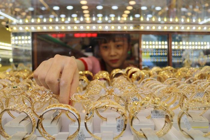 """Giá vàng hôm nay 9/9: USD lên đỉnh """"dìm"""" vàng xuống đáy - 1"""