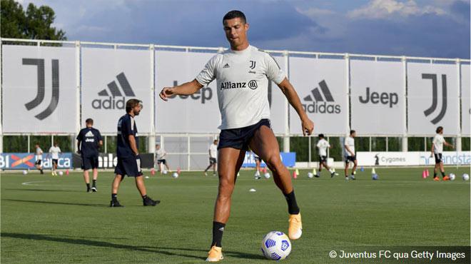 """Ronaldo chờ """"bắt nạt"""" đội chiếu dưới, giúp tân HLV Pirlo ra mắt hoành tráng - 1"""