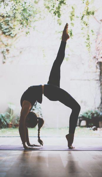 Điểm mặt những bộ môn yoga thông dụng giúp da đẹp, dáng xinh - 1