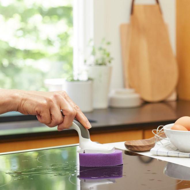"""Chỉ mất 5 phút để """"hô biến"""" căn bếp sạch tinh mỗi ngày chỉ với các mẹo sau - 1"""