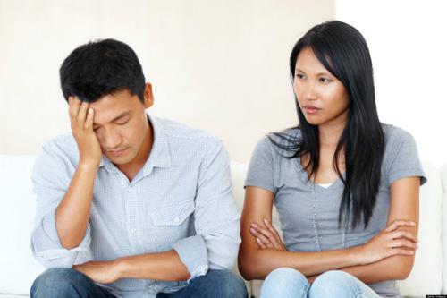 Choáng váng vì vợ trở thành người khác sau kết hôn, chồng đã hành động một cách bất ngờ - 1