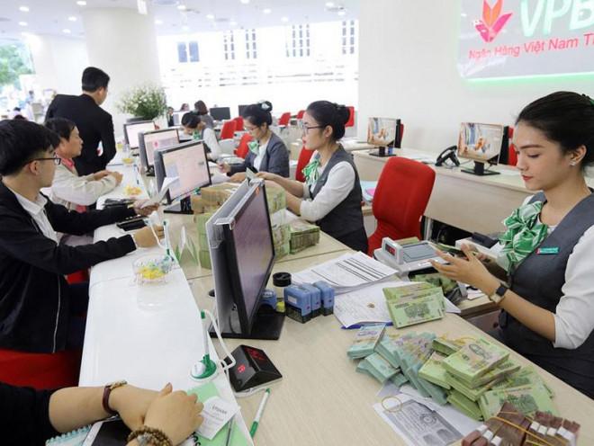 Bất chấp sóng gió, đồng tiền Việt vẫn vững vàng - 1