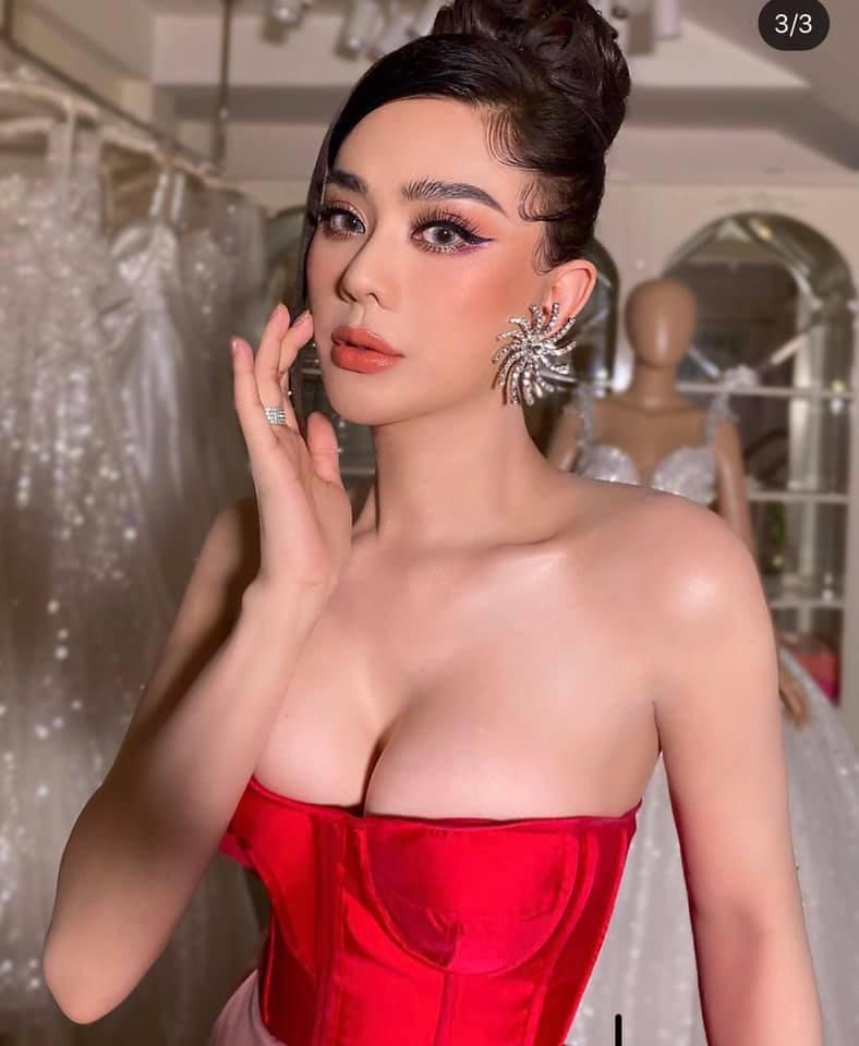 """Lâm Khánh Chi hút hồn người nhìn với áo khoe ngực """"nửa vầng trăng đơn côi"""" - 1"""