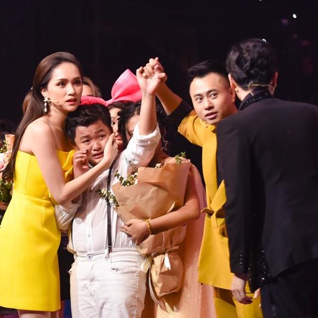 Đội Dương Cầm -Hương Giang đã có những phần thi xuất sắc trong trận chung kết và thí sinh nhí Chấn Quốc đạt giải Á quân.