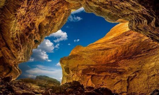 Hẻm núi đẹp nhất Trung Quốc, cảnh tượng như trên sao Hỏa - 1
