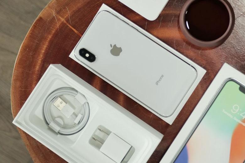 Mẫu iPhone rẻ như iPhone 6s, đẹp tựa iPhone 11 nhưng không nên mua - 1