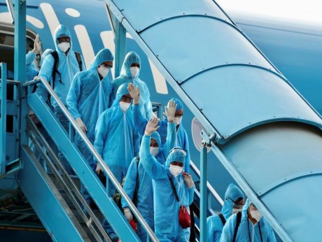 Việt Nam công bố phí cách ly đối với người nhập cảnh từ 1-9 - 1