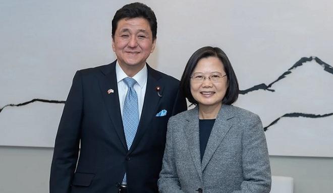 Tân bộ trưởng quốc phòng Nhật Bản thân Đài Loan, TQ lên tiếng - 1