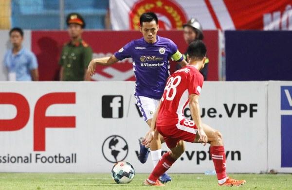 Nóng bỏng chung kết Cúp Quốc gia: Quang Hải đấu Quế Ngọc Hải - 1