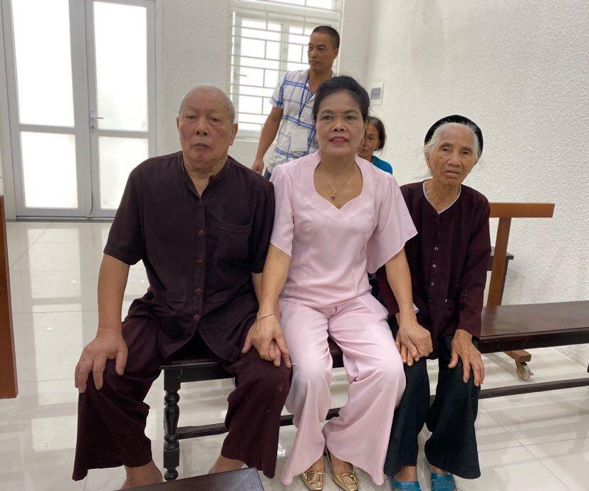 Diễn biến bất ngờ vụ con dâu khai tử bố mẹ chồng - 1