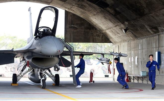 Điểm mặt vũ khí uy lực Mỹ định bán cho Đài Loan có thể khiến Trung Quốc rất quan ngại - 1