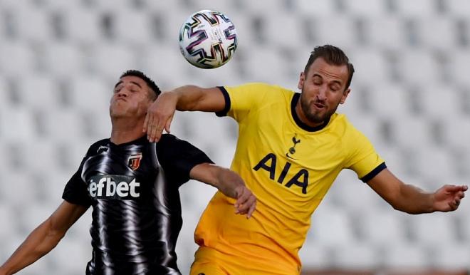 Tottenham đấu cúp châu Âu: Sững sờ 1 phút 2 thẻ đỏ, 5 phút lội ngược dòng - 1