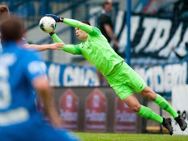 """Filip Nguyễn cứu thua như """"người nhện"""" ở cúp châu Âu, mơ đấu Kane - Ibra - 1"""