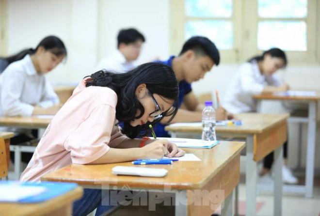 Đổi mới cách ra đề kiểm tra, đánh giá: Giảm thiểu học thêm, dạy thêm tiêu cực? - 1