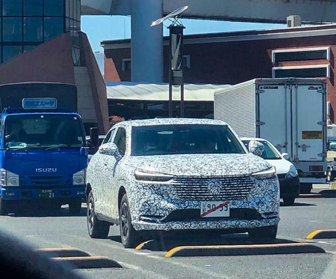 Honda HR-V thế hệ mới chạy thử trên đường phố - 1