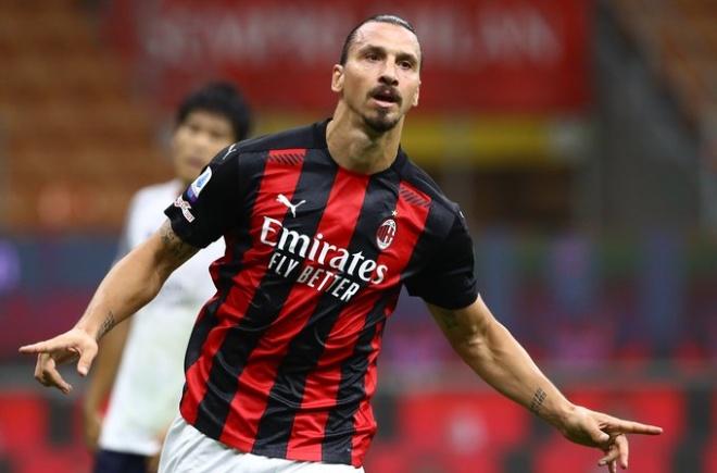 Video highlight trận AC Milan - Bologna: Ibrahimovic rực rỡ, thách thức Ronaldo - 1