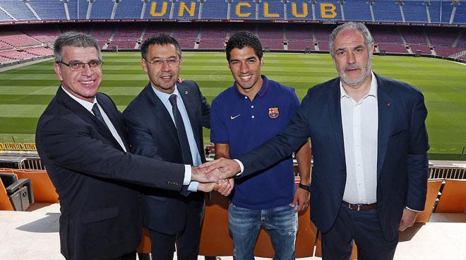 """""""Ông trùm"""" Barca đổi ý: Suarez tới Atletico Madrid, đối đầu Messi khi nào? - 1"""