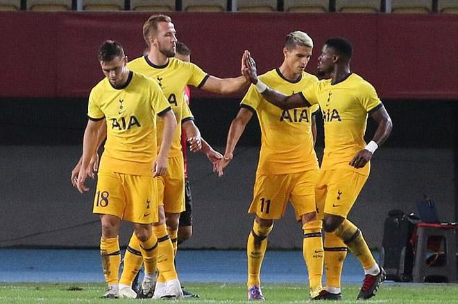 """Sự cố hy hữu: Cầu môn """"mờ ám"""" trận Tottenham, Mourinho phản ứng cực """"chất"""" - 1"""