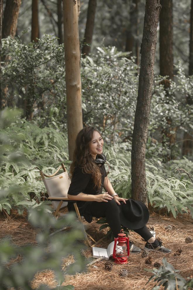 Thăng hoa trong tình yêu với chồng mới, Khánh Linh bất ngờ trở lại làng nhạc - 1