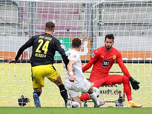 Video highlight trận Augsburg – Dortmund: 2 bàn choáng váng, kết cục khó tin - 1