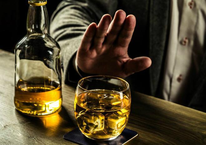 Kích động, lôi kéo người khác uống rượu, bia bị phạt đến 1 triệu đồng - 1