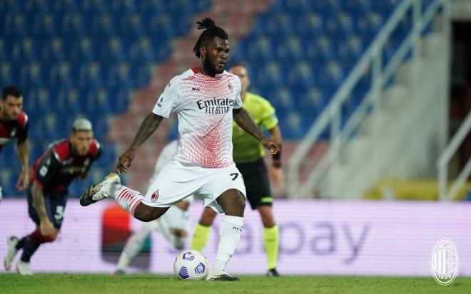 Video highlight trận Crotone - AC Milan: Bước ngoặt phạt đền, 2 đòn kết liễu - 1