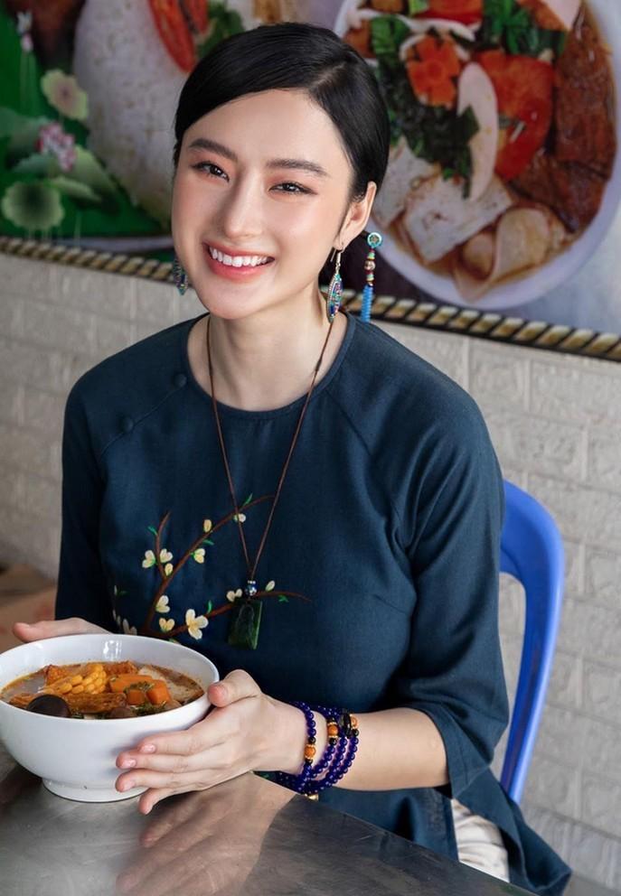 Angela Phương Trinh khoe thân táo bạo sau 2 năm tu tập và phát tâm ăn chay - 1