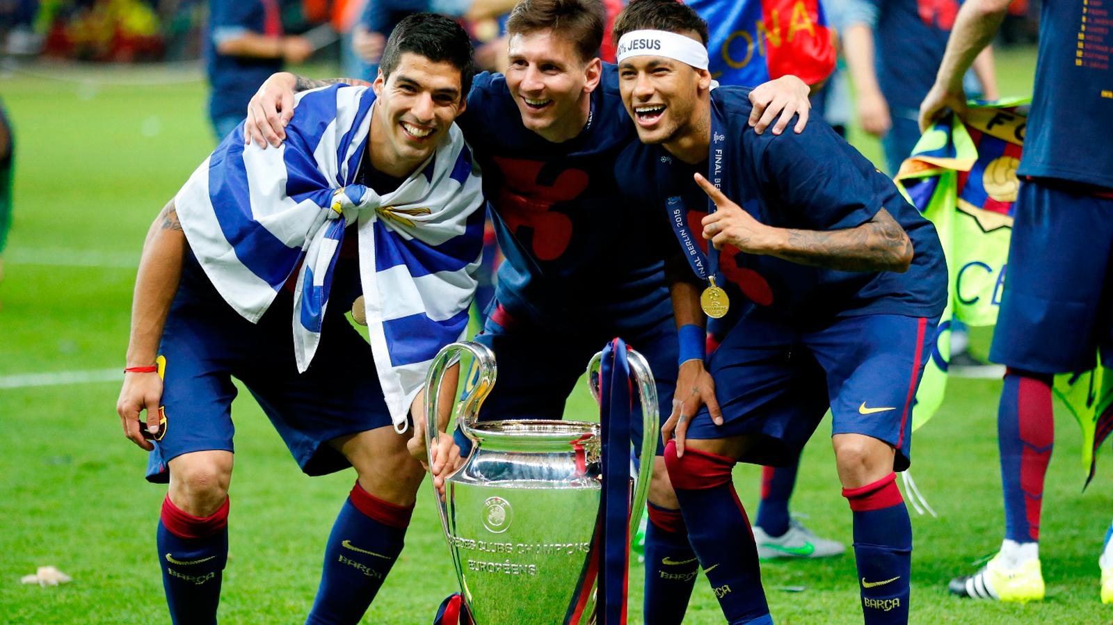 Luis Suarez: Siêu sao đáng thương hay kẻ phản diện bị ghét bỏ? - 14