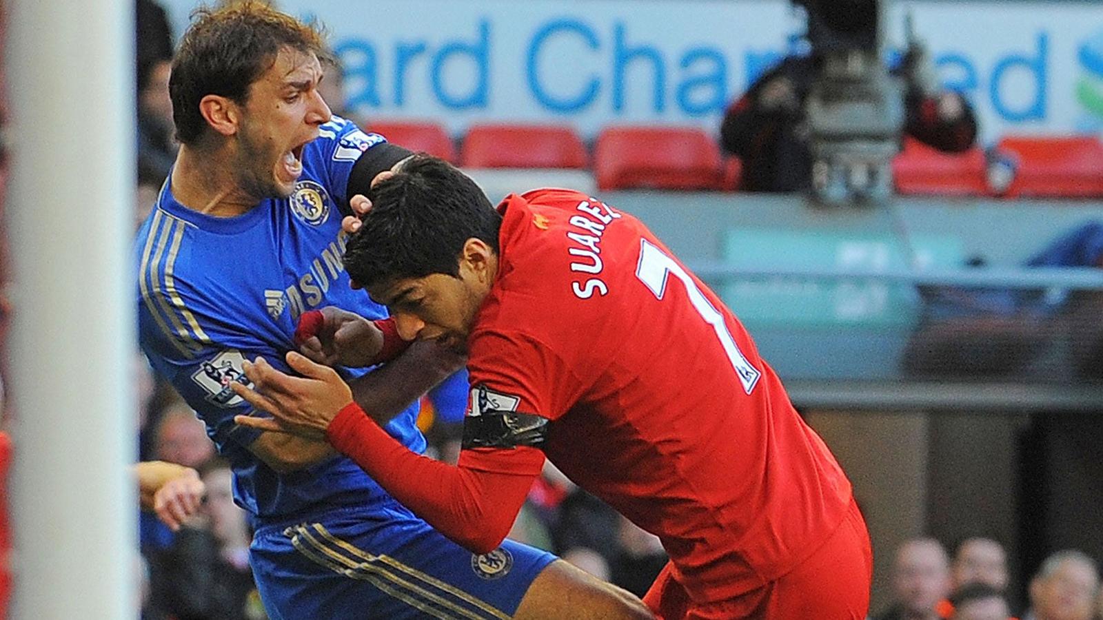 Luis Suarez: Siêu sao đáng thương hay kẻ phản diện bị ghét bỏ? - 8