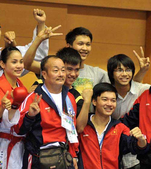 Việt Nam xếp hạng 4 giải VĐ karate Đông Nam Á - 1