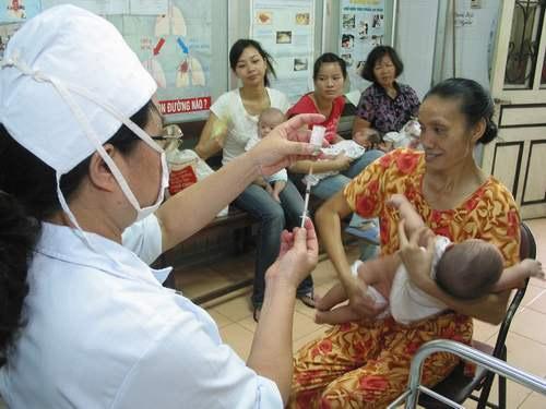 Vụ tử vong sau khi tiêm vaccin: Nguyên nhân gì? - 1
