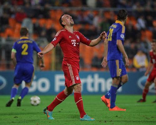 Sau lượt hai Cup C1: Cú sốc Bayern - 1